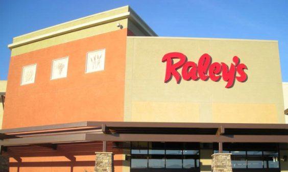 Supermarket Strike Divides Shoppers
