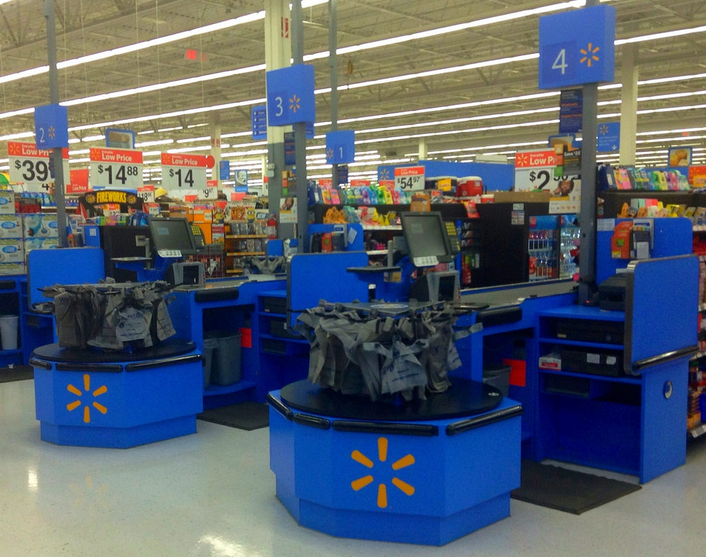 Walmart Couponer Loses It After Manager Smashes His Bread